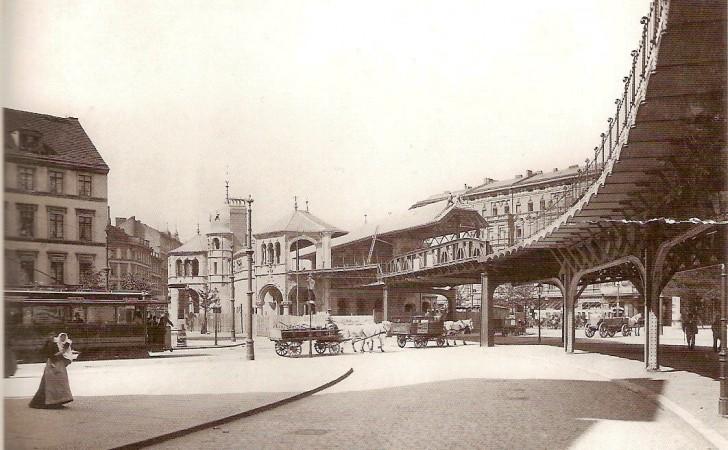 U1, Bahnhof Schlesisches Tor 1902 (Hattig 2002)